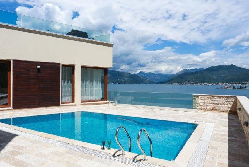 5 Bedrooms Bedrooms, ,6 BathroomsBathrooms,LuxuryEstate,For sale,1010015960 MLS # 1010015960
