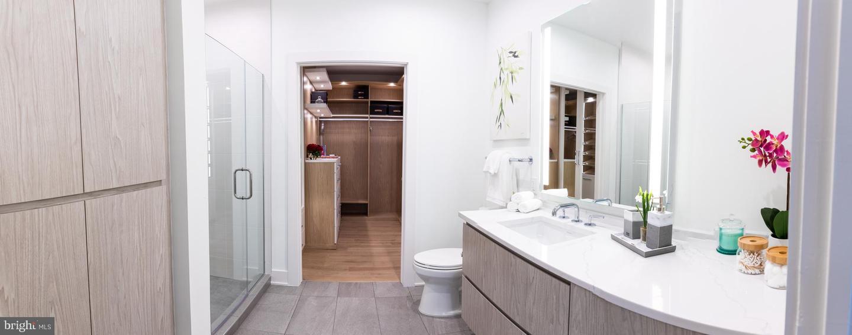 701 SWANN AVE #ONE-402, ALEXANDRIA, Virginia 22301, 3 Bedrooms Bedrooms, ,2 BathroomsBathrooms,Residential,For sale,701 SWANN AVE #ONE-402,VAAX2001666 MLS # VAAX2001666